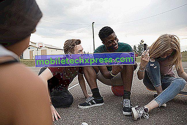 Kako dodati nekoga da grupira tekst na iPhoneu